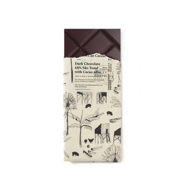 Mørk chokolade 68% São Tomé med kakao nibs